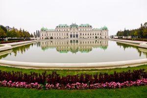pałac, rezydencja, ogród, jezioro, kwiaty