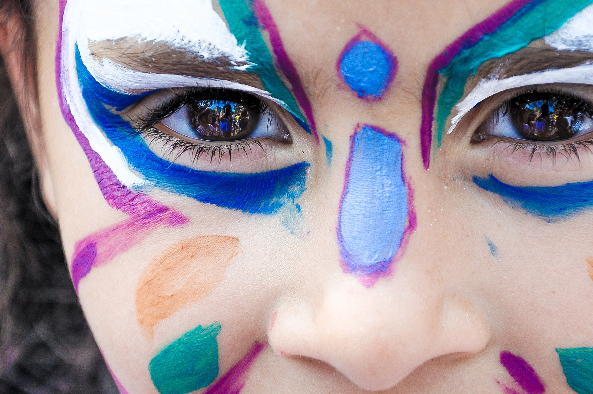 malowanie, dziecko, dziewczynka, makijaż, farby, farbki, motyl, kolory, wzrór